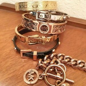 6 Michael Kors bracelets ! Bangle bracelet bundle